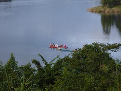 Lake Bunyonyi canoe