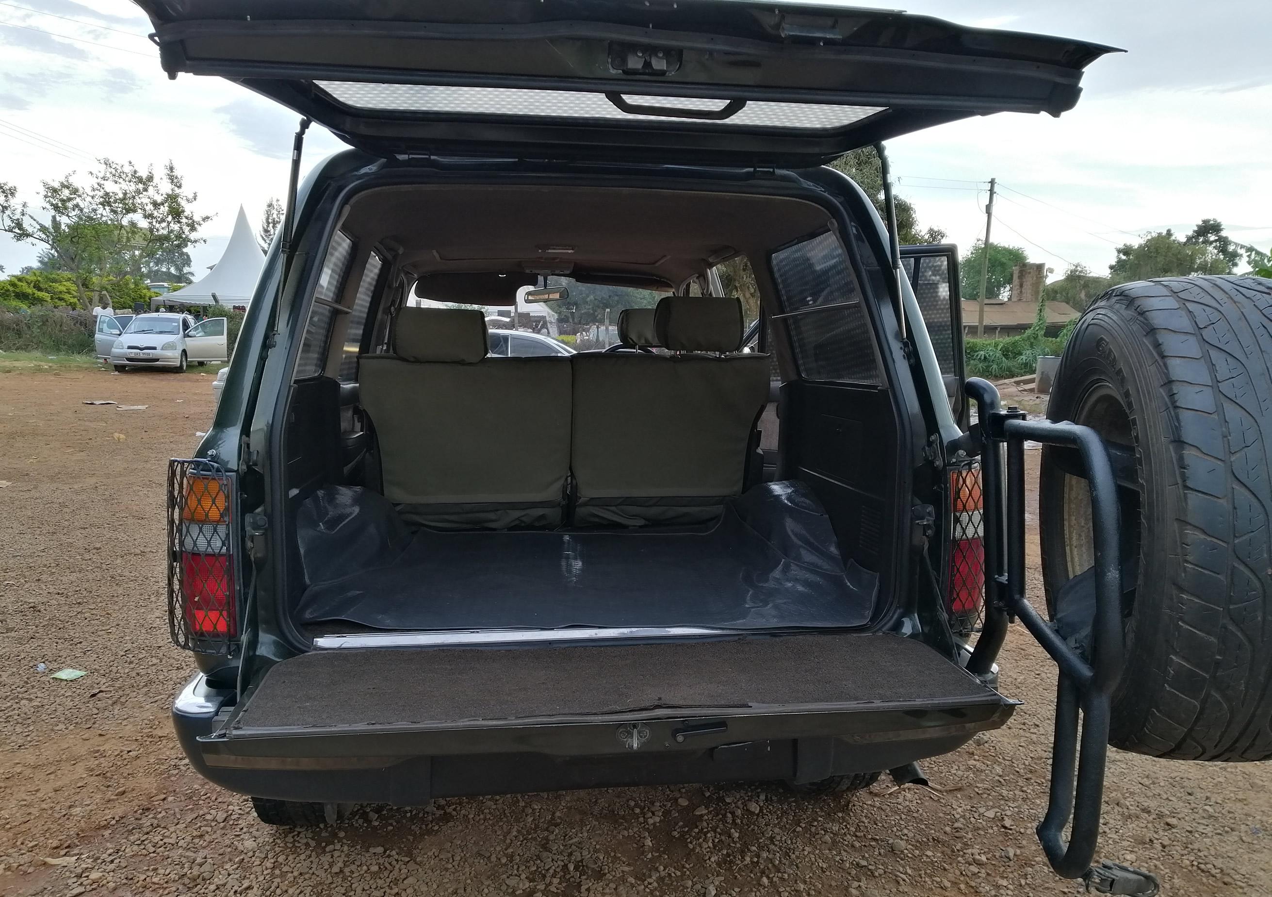 Toyota GX Trunk