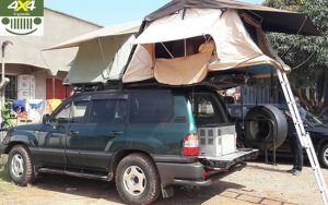 Land Cruiser V8 with 2 Top Tents