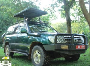 Luxurious Land Cruiser V8 with a Pop-up roof
