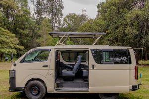 4x4 Mini-van in East Africa