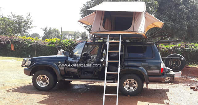 Land Cruiser VX With RoofTop Tent