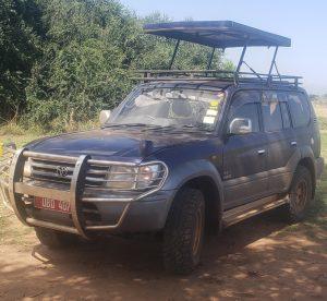 Toyota Prado with a Pop-up roof